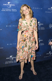 Elizabeth Banks was spring-glam in a bird-and-foliage-print dress by Gucci at the 2016 March of Dimes Celebration of Babies.