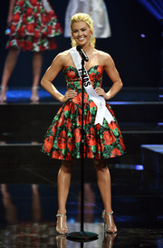 Miss Teen USA Karlie Hay donned a strapless floral cocktail dress.