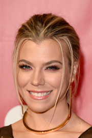 Kimberly Perry brushed her hair back into a mildly messy ponytail for the MusiCares Person of the Year event.