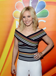 Kristen Bell accessorized with a chic gold chain bracelet at the NBCUniversal Summer TCA Tour.