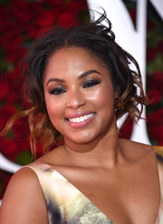 Alicia Quarles hit the 2016 Tony Awards wearing this messy-glam updo.