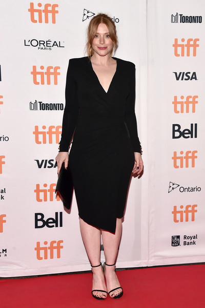 Bryce Dallas Howard finished off her minimalist look with black Stuart Weitzman Nudist sandals.