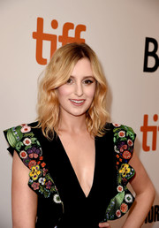 Laura Carmichael framed her face with this sweet wavy 'do for the TIFF premiere of 'A United Kingdom.'