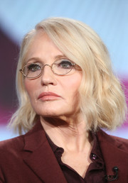 Ellen Barkin wore her hair in a wavy bob at the 2016 Winter TCA Tour.