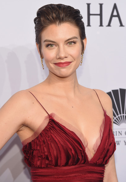 More Pics of Lauren Cohan Fauxhawk (1 of 4) - Short Hairstyles Lookbook - StyleBistro [hair,face,hairstyle,lip,skin,eyebrow,beauty,chin,shoulder,dress,arrivals,lauren cohan,new york city,cipriani wall street,amfar new york,amfar new york gala]