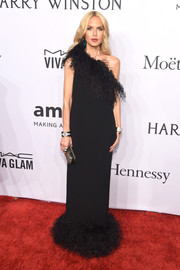 Rachel Zoe was fab in this feathered look at the amfAR New York Gala. Her black one-shoulder gown is from her own label.