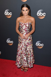 Lea Michele looked very feminine in a strapless floral dress by J. Mendel at the 2017 ABC Upfront.