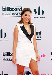 Liz Hernandez was cool in a sleeveless white tux dress with contrast lapels at the 2017 Billboard Music Awards.