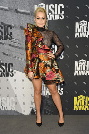 RaeLynn got frilled up in a floral jacquard and mesh combo dress for the 2017 CMT Music Awards.
