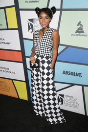 Sticking to her usual black and white, Janelle Monae chose a harlequin-print jumpsuit by Off-White for the 2017 Essence Black Women in Music event.