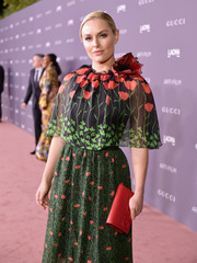 Lindsey Vonn accessorized with an embossed red leather clutch by Gucci at the 2017 LACMA Art + Film Gala.