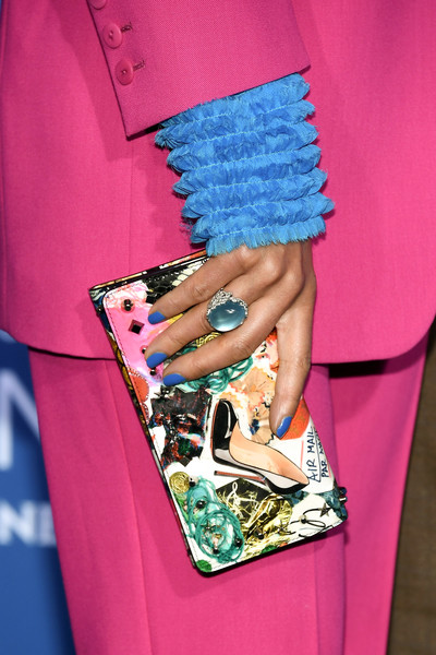 More Pics of Jennifer Beals Printed Clutch (1 of 5) - Jennifer Beals Lookbook - StyleBistro