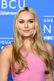 Lindsey Vonn looked very girly with her long wavy hair at the 2017 NBCUniversal Upfront.