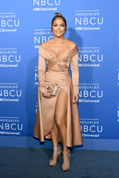 Jennifer Lopez polished off her monochromatic ensemble with a studded clutch by Elie Saab.