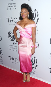 Betty Gabriel looked lovely in an ombre pink off-the-shoulder dress by Pamella Roland at the New York Film Critics Awards.