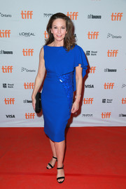 Diane Lane dazzled in an electric-blue one-sleeve dress at the TIFF premiere of 'Mark Felt: The Man Who Brought Down the White House.'
