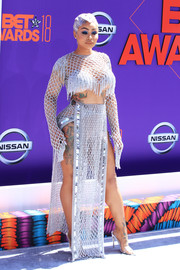 Blac Chyna rocked a silver chain crop-top by Laurel DeWitt at the 2018 BET Awards.