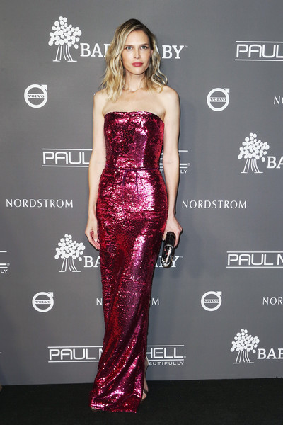 Sara Foster channeled Barbie in a fully sequined strapless gown by Monique Lhuillier at the 2018 Baby2Baby Gala.
