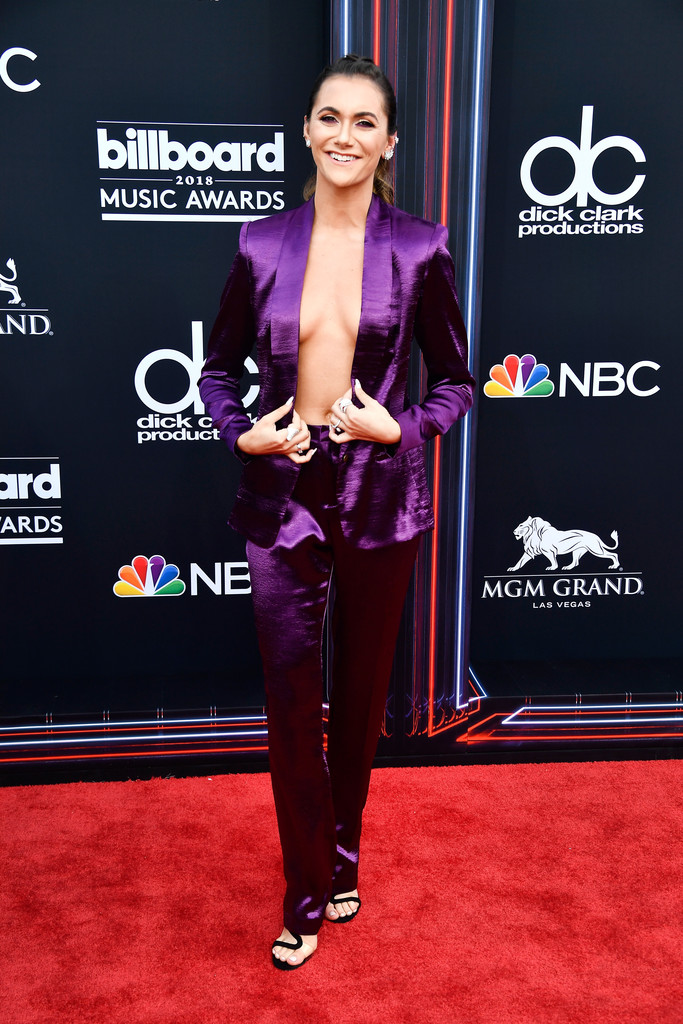 See Every Look from the Billboard Music Awards RedCarpet
