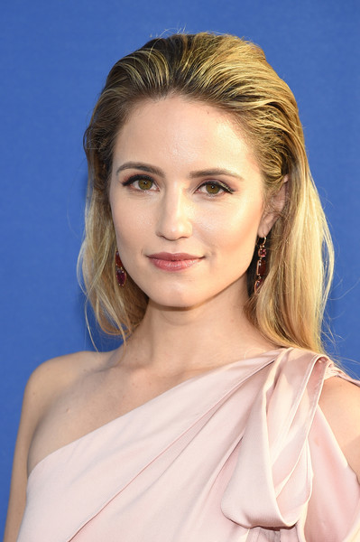 Dianna Agron opted for a simple brushed-back hairstyle when she attended the 2018 CFDA Fashion Awards.