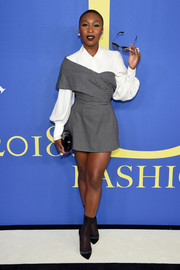 Cynthia Erivo styled her outfit with a pair of black and silver pumps by Nicholas Kirkwood.