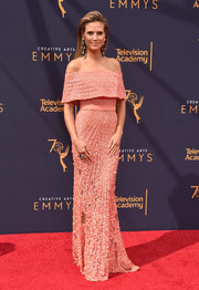 Heidi Klum was a vision in an embellished off-the-shoulder gown by Elie Saab at the 2018 Creative Arts Emmy Awards.