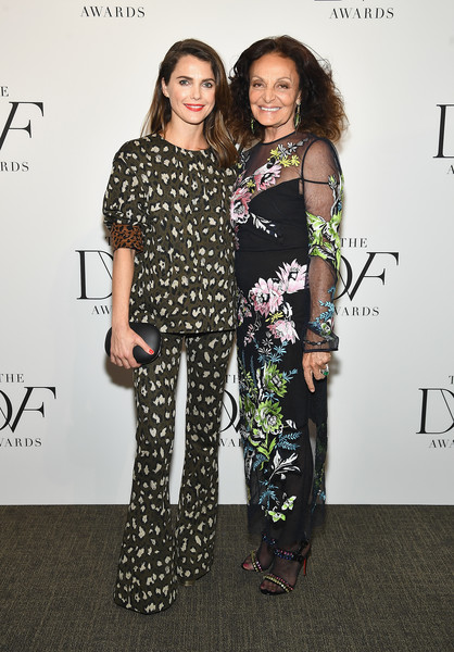 More Pics of Diane von Furstenberg Evening Sandals (5 of 19) - Diane von Furstenberg Lookbook - StyleBistro [clothing,fashion,fashion design,shoulder,joint,event,footwear,eyewear,dress,carpet,keri russell,diane von furstenberg,new york city,united nations,dvf awards]