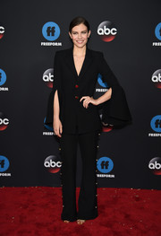 Lauren Cohan chose a black pantsuit with split bell sleeves and gold buttons for the 2018 Disney, ABC, and Freeform Upfront.