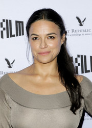 Michelle Rodriguez kept it casual with this ponytail at the 2018 SFFILM Awards.