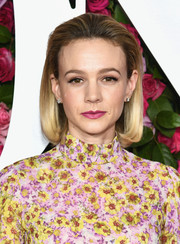 Carey Mulligan looked adorable wearing this brushed-back bob at the 2018 Tony Awards.