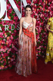 Bee Shaffer donned an Alexander McQueen floral corset gown for the 2018 Tony Awards.