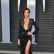Catt Sadler in Stello