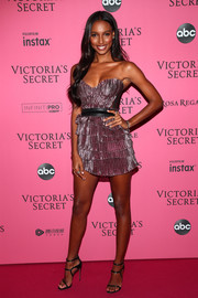 Jasmine Tookes looked sassy in a strapless purple mini dress by Aadnevik at the 2018 Victoria's Secret show after-party.