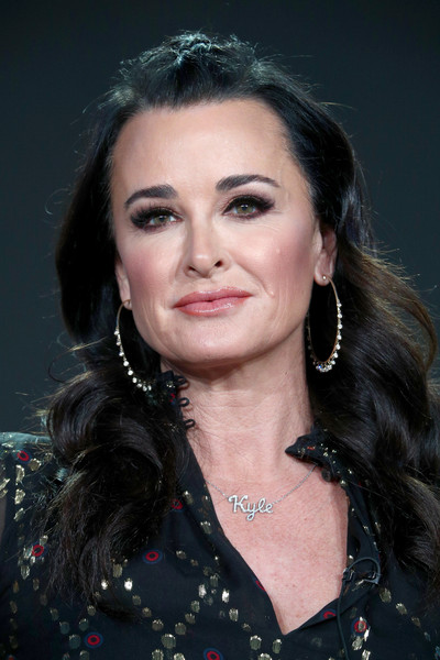 Kyle Richards styled her hair into a wavy 'do with a braided top for the 2018 Winter TCA Tour.