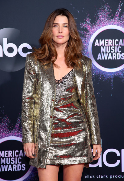 More Pics of Cobie Smulders Sequined Jacket (2 of 6) - Outerwear Lookbook - StyleBistro [clothing,fashion,dress,carpet,fashion model,premiere,outerwear,cocktail dress,red carpet,event,arrivals,cobie smulders,american music awards,microsoft theater,los angeles,california]