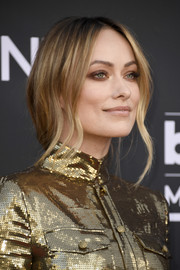Olivia Wilde wore her hair in a loose, low ponytail at the 2019 Billboard Music Awards.