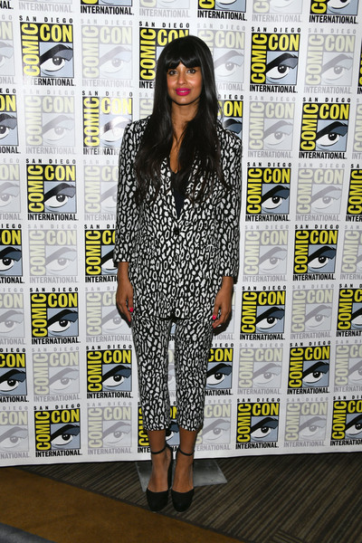 Jameela Jamil donned a black-and-white leopard-print pantsuit by The Kooples for the 'Good Place' photocall during Comic-Con International 2019.