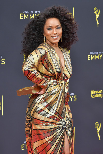More Pics of Angela Bassett Box Clutch (4 of 13) - Clutches Lookbook - StyleBistro [clothing,hairstyle,carpet,fashion,fashion model,dress,formal wear,fashion design,long hair,red carpet,arrivals,angela bassett,creative arts emmy awards,los angeles,california]