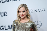 Laura Whitmore's bold red lipstick provided a gorgeous contrast to her blue eyes.