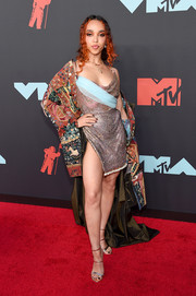 FKA Twigs sizzled in a mixed-material fishtail dress by Ed Marler at the 2019 MTV VMAs.