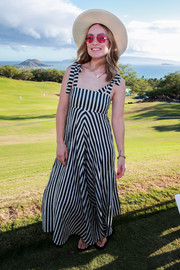 Olivia Wilde kept it breezy in a striped sundress at the 2019 Maui Film Festival.