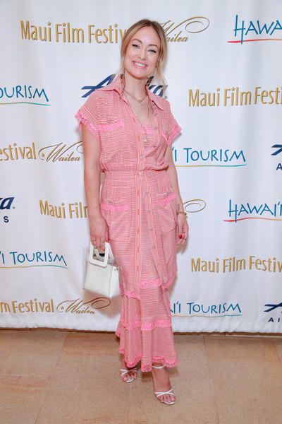 Olivia Wilde was casual-chic in a matchy-matchy Chanel shirtdress and maxi combo at the 2019 Maui Film Festival.