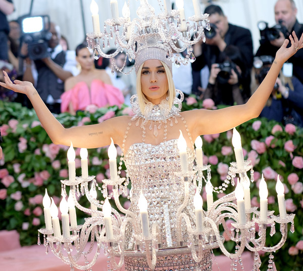 More Pics of Katy Perry Beaded Dress (1 of 32) - Katy Perry Lookbook - StyleBistro [photograph,dress,pink,lady,wedding dress,headpiece,fashion,bride,ceremony,event,fashion - arrivals,katy perry,notes,fashion,new york city,metropolitan museum of art,met gala celebrating camp]