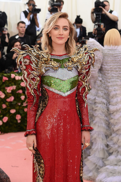 More Pics of Saoirse Ronan Sequin Dress (1 of 9) - Saoirse Ronan Lookbook - StyleBistro [fashion model,red carpet,clothing,carpet,fashion,flooring,dress,haute couture,hairstyle,premiere,fashion - arrivals,saoirse ronan,notes,fashion,new york city,metropolitan museum of art,met gala celebrating camp]