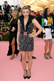 Chloe Grace Moretz was rocker-chic in shard-embellished mini dress with a dramatic collar at the 2019 Met Gala.