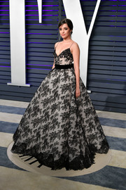 Camila Cabello made us swoon with her princess-worthy Monique Lhuillier lace gown at the 2019 Vanity Fair Oscar party.