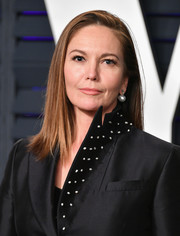 Diane Lane kept it simple with this straight shoulder-length 'do at the 2019 Vanity Fair Oscar party.