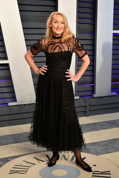 Jerry Hall attended the 2019 Vanity Fair Oscar party wearing a chic black tulle dress.