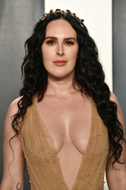 Rumer Willis looked romantic with her long curls, complete with a gold headband, at the 2020 Vanity Fair Oscar party.