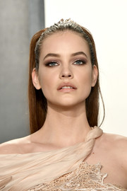Barbara Palvin pulled her hair back into an edgy ponytail for the 2020 Vanity Fair Oscar party.